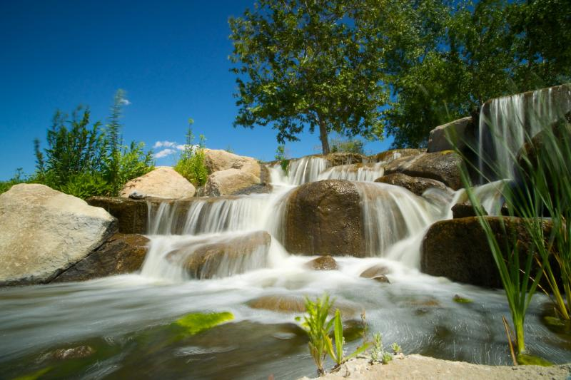 waterfall-stream-over-boulders